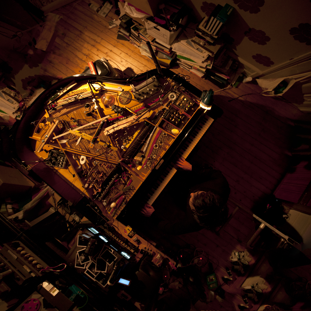 klavikon piano from above